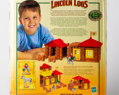 Reverse of Lincoln Log packaging. Shows suggestions of what to build.